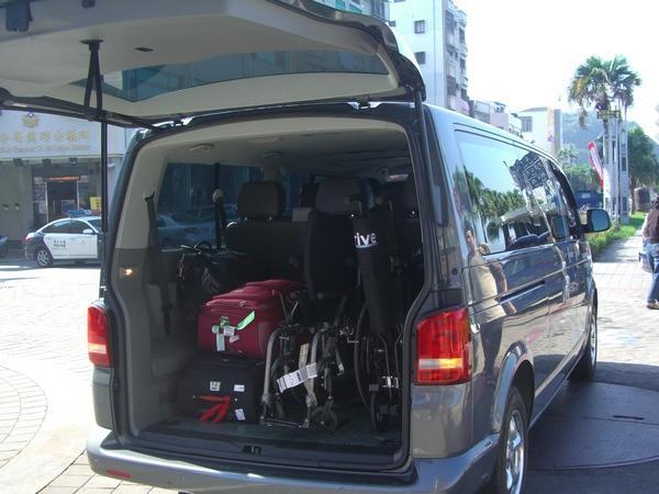 車輛團隊 福斯t5 Wish Camry 台灣包車旅遊網【翔鷹】